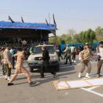 استعراض عسكري تحت النار في ايران، بالصور كيف وقع الهجوم المسلح في الأهواز؟ 18