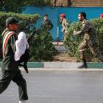 استعراض عسكري تحت النار في ايران، بالصور كيف وقع الهجوم المسلح في الأهواز؟ 1