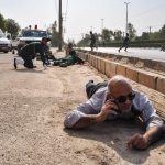 استعراض عسكري تحت النار في ايران، بالصور كيف وقع الهجوم المسلح في الأهواز؟ 24