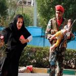 استعراض عسكري تحت النار في ايران، بالصور كيف وقع الهجوم المسلح في الأهواز؟ 25