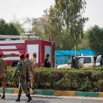 استعراض عسكري تحت النار في ايران، بالصور كيف وقع الهجوم المسلح في الأهواز؟ 26