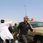 استعراض عسكري تحت النار في ايران، بالصور كيف وقع الهجوم المسلح في الأهواز؟ 8