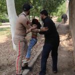 استعراض عسكري تحت النار في ايران، بالصور كيف وقع الهجوم المسلح في الأهواز؟ 14
