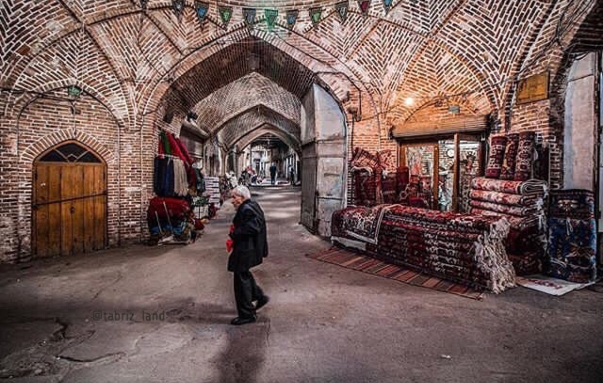 عدسة ايرانية: بازار تبريز شمالي غرب ايران 1