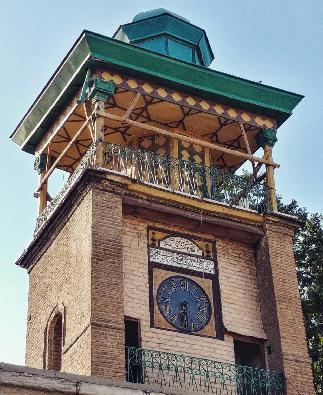 عدسة ايرانية: ساعة مسجد مشير السلطان في طهران، من اثار الحقبة القاجارية 3