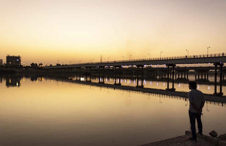 عدسة ايرانية: جسر فوق نهر الكارون في الأهواز 3