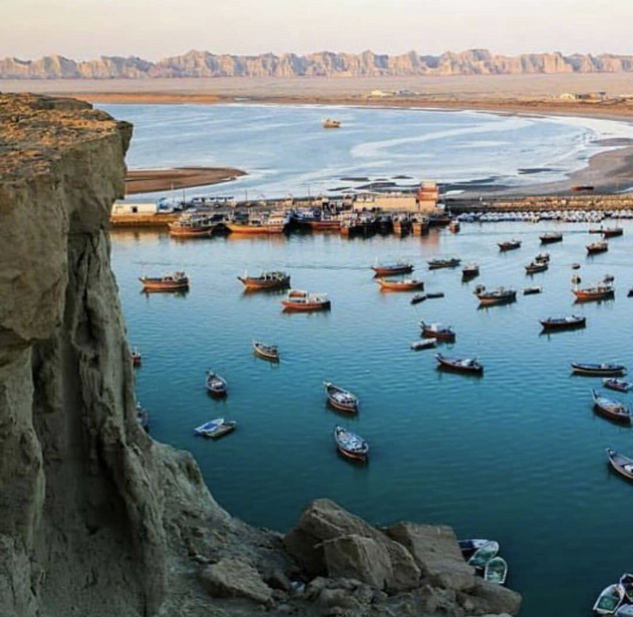 عدسة ايرانية: تشابهار جنوبي شرق ايران 1