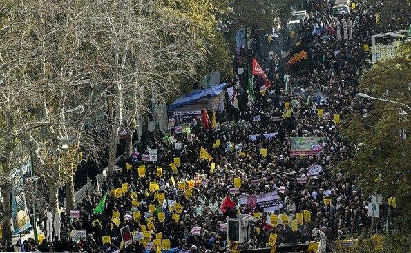 """بالصور: إيران تحيي """" يوم مقارعة الاستكبار"""" 2"""