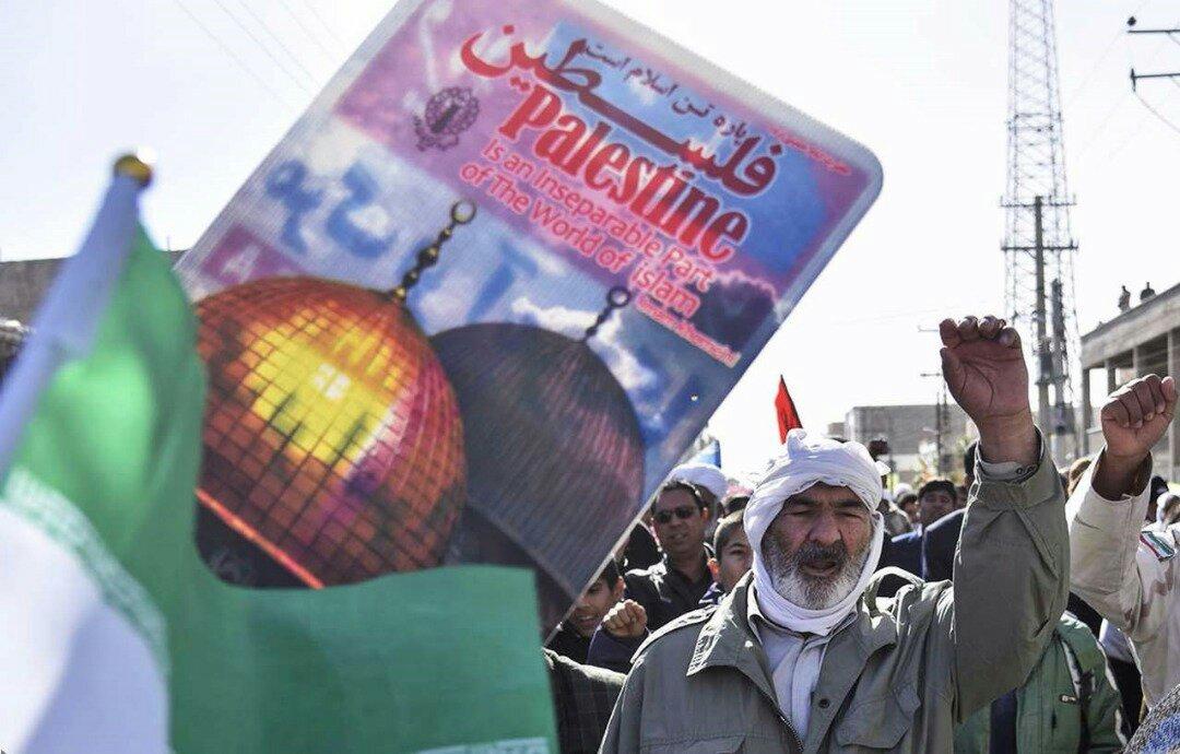 """بالصور: إيران تحيي """" يوم مقارعة الاستكبار"""" 7"""