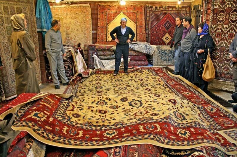 """خمسة من إيران: """"خمسة"""" لا يخلو منها بيت أي عائلة إيرانية 5"""