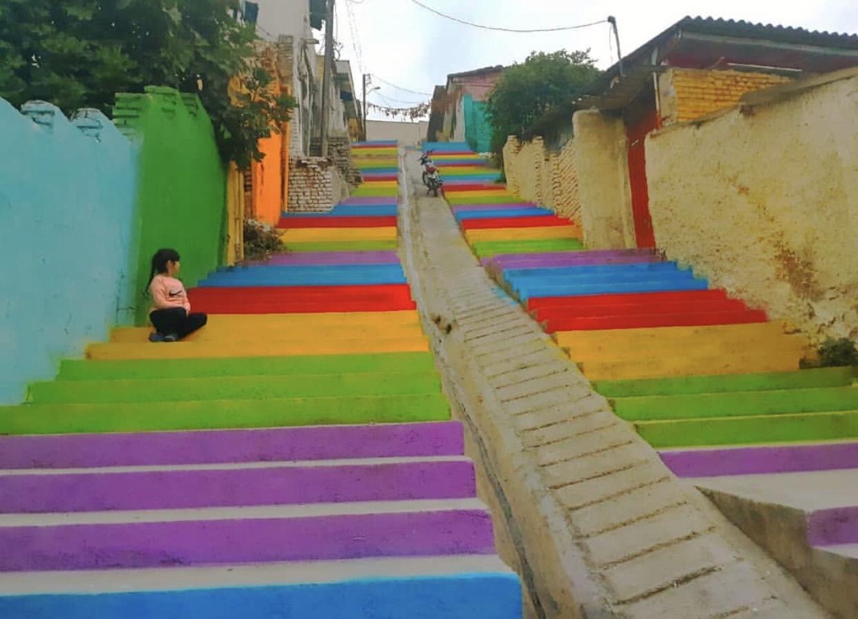 عدسة إيرانية: سلالم غورغان الملونة، شمالي إيران 3