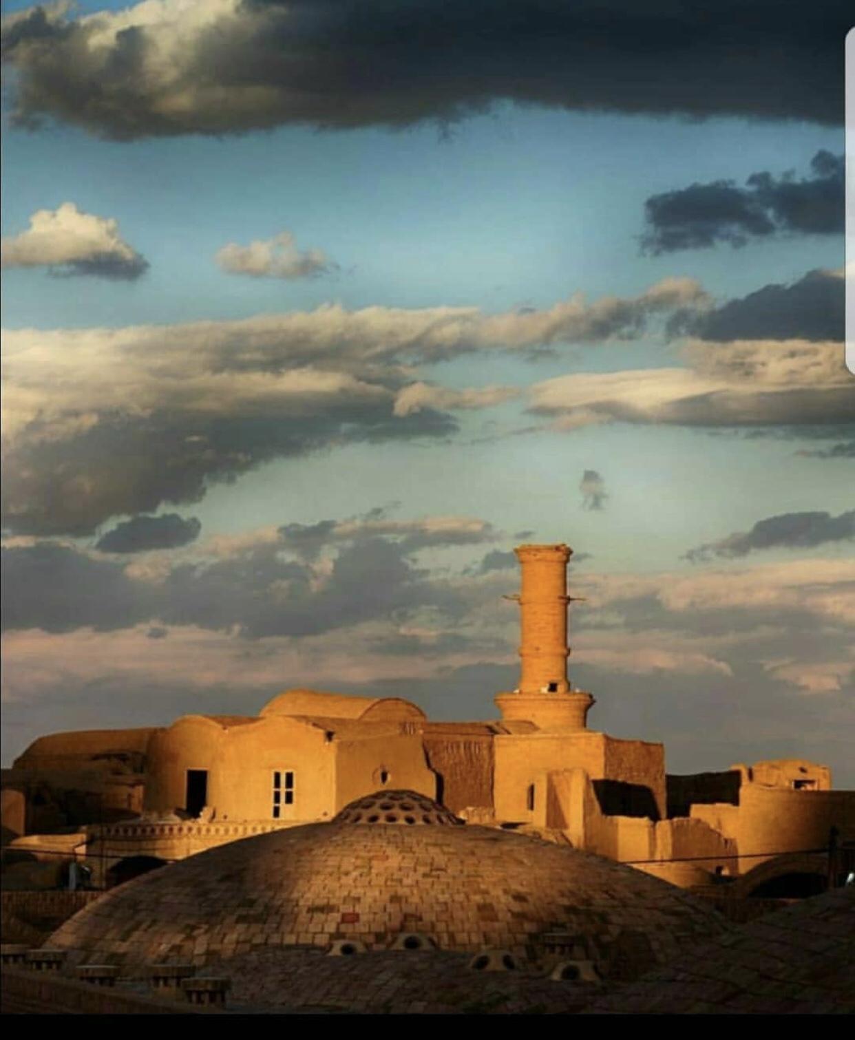 عدسة إيرانية: قرية ايرانية أثرية 1