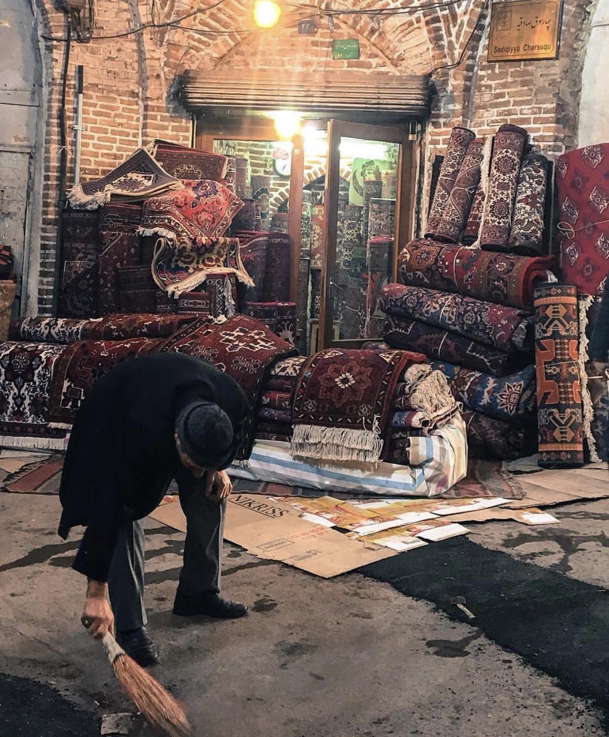 عدسة إيرانية: سوق السجاد في تبريز 1