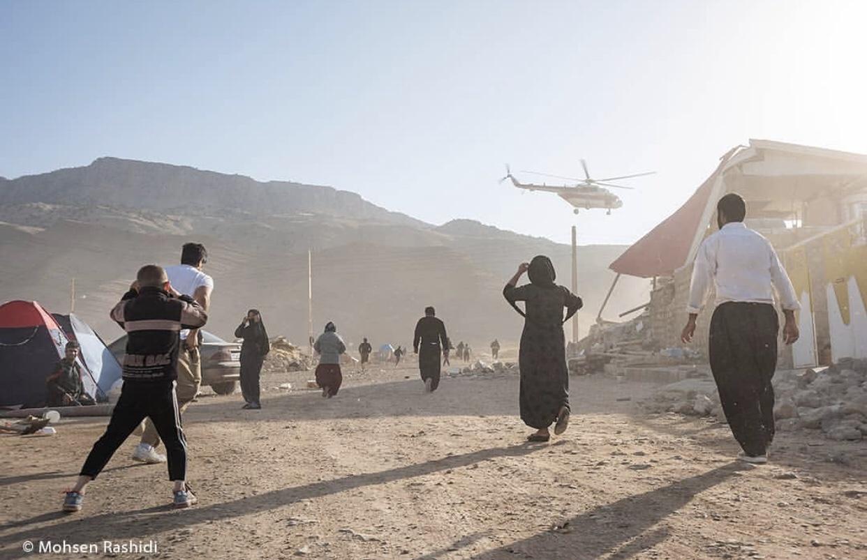 عدسة إيرانية: متضررو الزلزال ينتظرون المساعدات 1