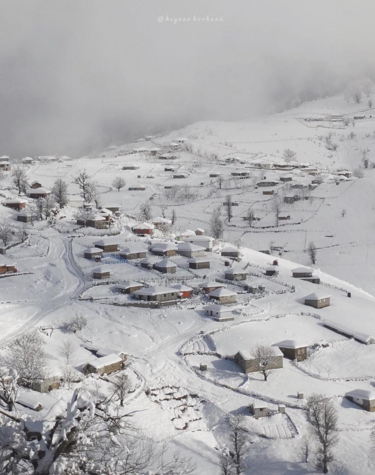 عدسة إيرانية: مرتفعات أسالم في غيلان شمالي إيران 1