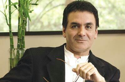خمسة من إيران: خمسة من أشهر علماء إيران المعاصرين 5