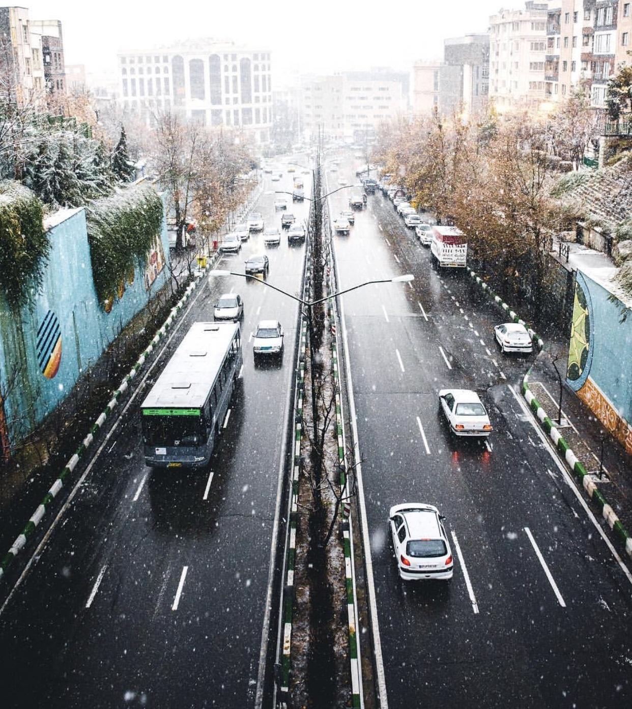 عدسة إيرانية: ثلج على شوارع طهران 3