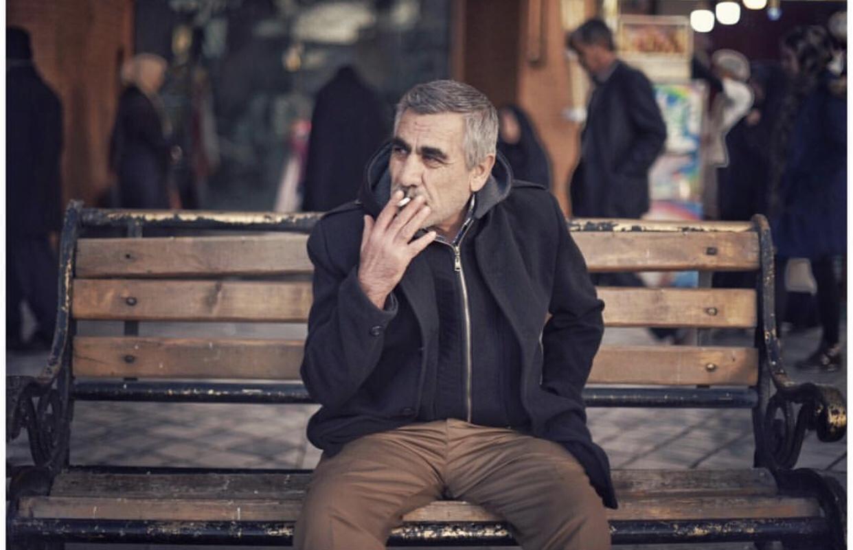 عدسة إيرانية: على قارعة الانتظار 1