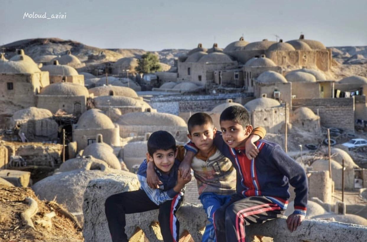 عدسة إيرانية: أطفال قلعه نو في سيستان بالوشستان 1