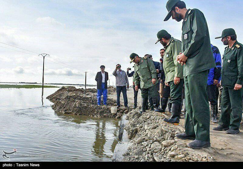 سيول سياسية في إيران، ومركبا روحاني ولاريجاني في خطر 2