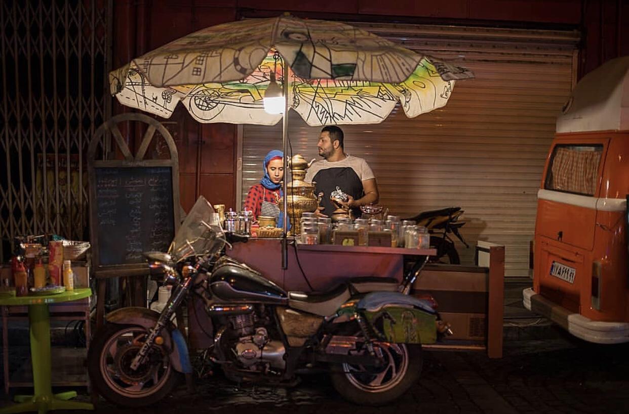 عدسة إيرانية: مقهى على دراجة 1