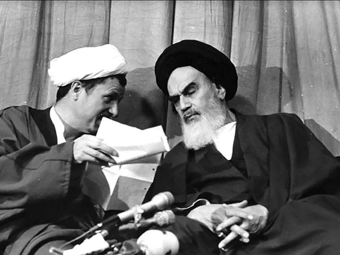 في الذكرى الثلاثين لتوليه قيادة إيران، كيف أصبح خامنئي مرشدا للجمهورية الإسلامية؟ 2