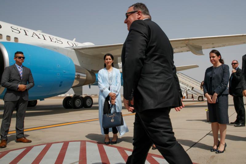 إيران والغرب: سخرية إيرانية من العقوبات الأميركية 1