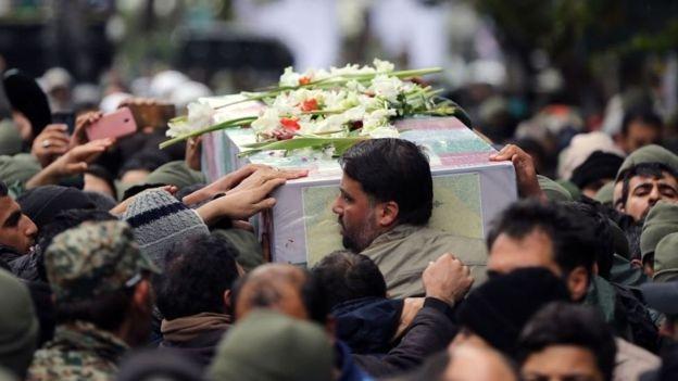 شبابيك الثلاثاء: تحذير من انتشار الأسلحة غير المرخّصة قانونيا في إيران 2