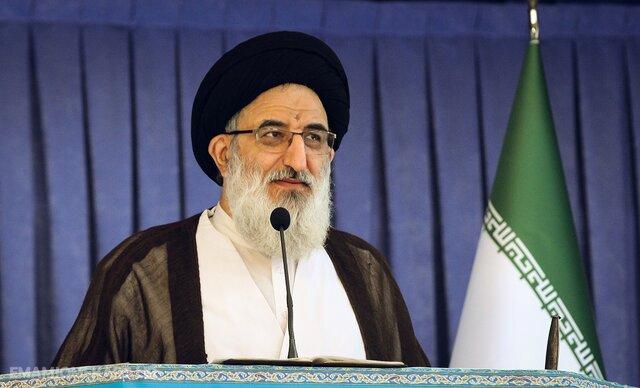 الانتخابات التشريعة في إيران تبرز في منابر صلاة الجمعة 4