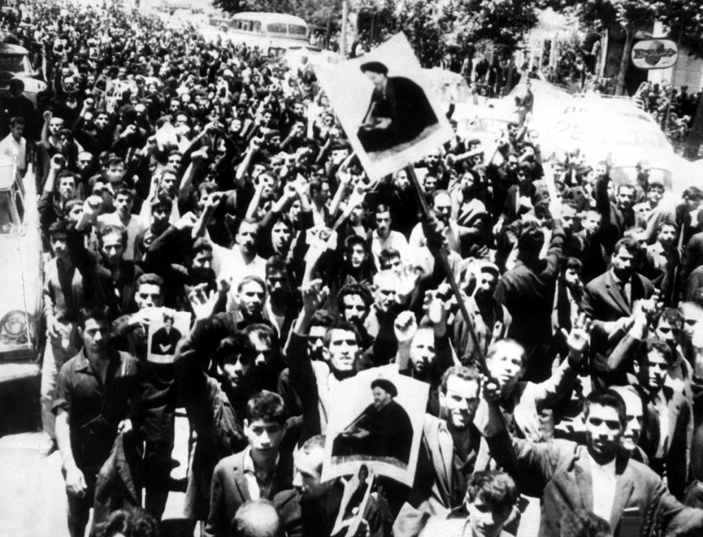مصطفى شمران… مؤسس الحروب الإيرانية غير النظامية 2