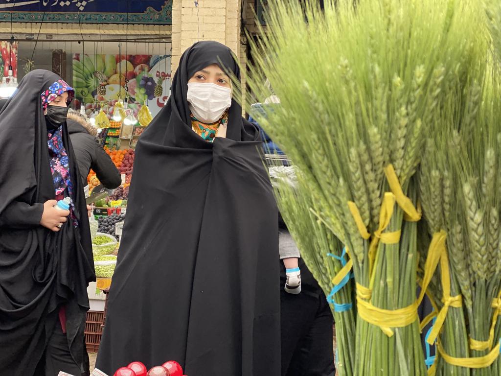 بالصور: كيف تستعد إيران لاستقبال نوروز هذا العام؟ 1