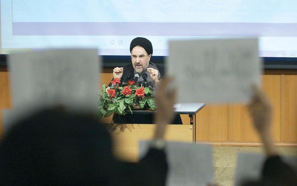 حلمٌ بدأه محمد خاتمي.. هل انتهى التيار الإصلاحي في إيران؟ 2