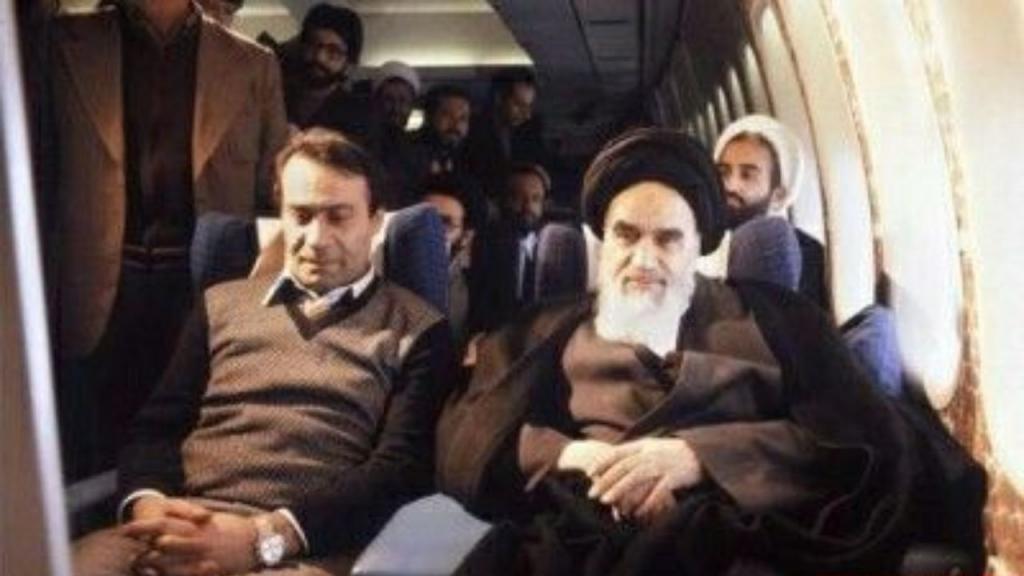 منهم أبو الحسن بني صدر وصادق قطب زاده.. مثيرون للجدل على قوائم أول انتخابات رئاسية إيرانية 2